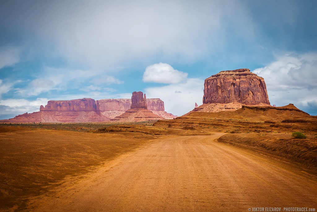 Guide to Monument Valley Scenic Drive 1