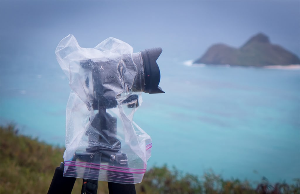 Weather sealing Siny a6000 and Sony 10-18mm lens with Ziplock bag